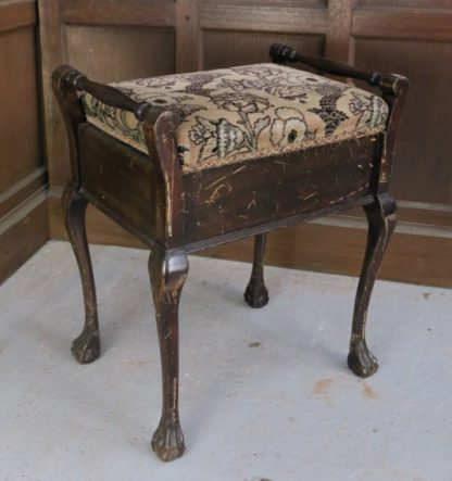 Wadhurst Piano Stool With Lift Up Lid