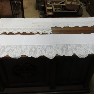 Lace Edged Altar Linen