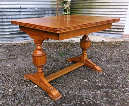 Pale Oak Two Bulbous Leg Draw Leaf Table