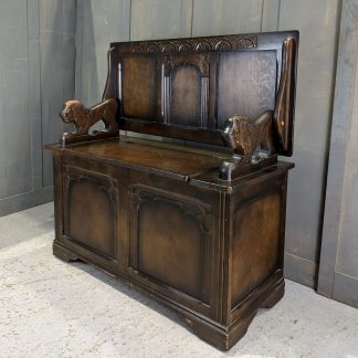 Classic Dark Wood Five Panel Monks Bench