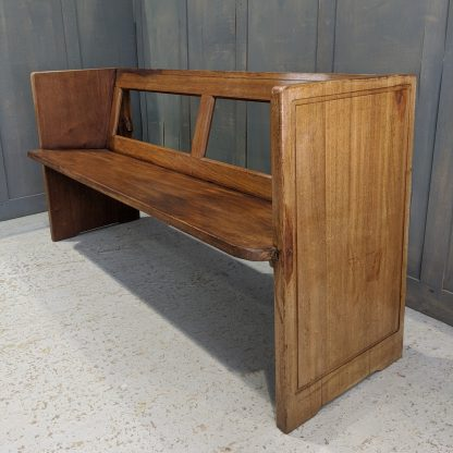 1963 Square Ended Hardwood Church Chapel Pews from St Peter's Catholic Church, Melton Mowbray