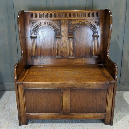 Good Quality Reproduction Oak Monks Bench by 'Reprodex' in the Tudor Style